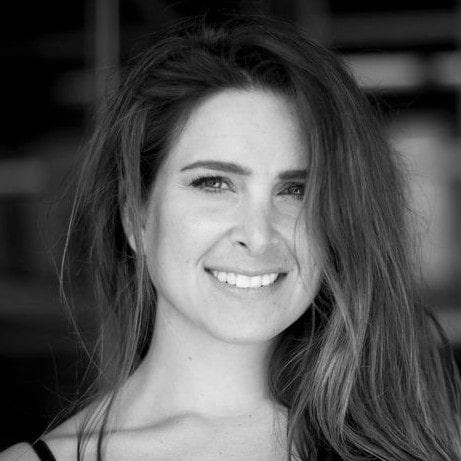 Nicole Parlapiona
