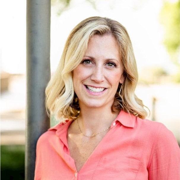 Lauren Carnell